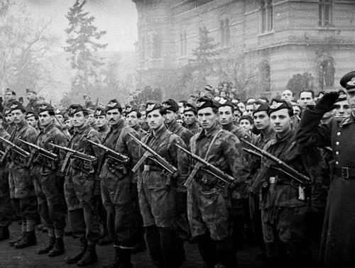 Bulgarian paratroopers 1945 | Bg | Paratrooper, Bulgarian, Wwii