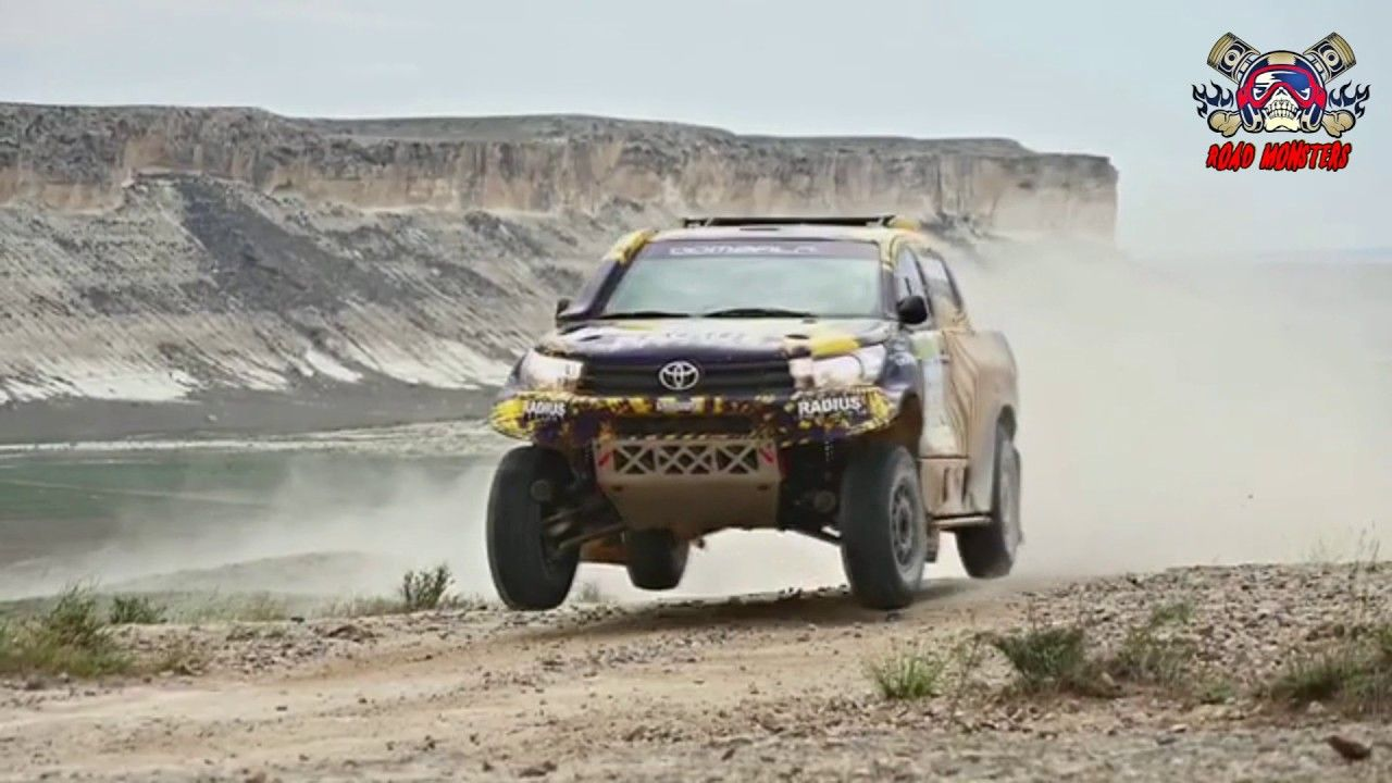 Hilux Rally 2017 HD
