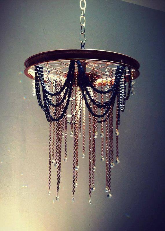 Wheel and chain chandelier von hartfordbicycle auf etsy decoration kronleuchter lampen und - Kronleuchter stehlampe ...