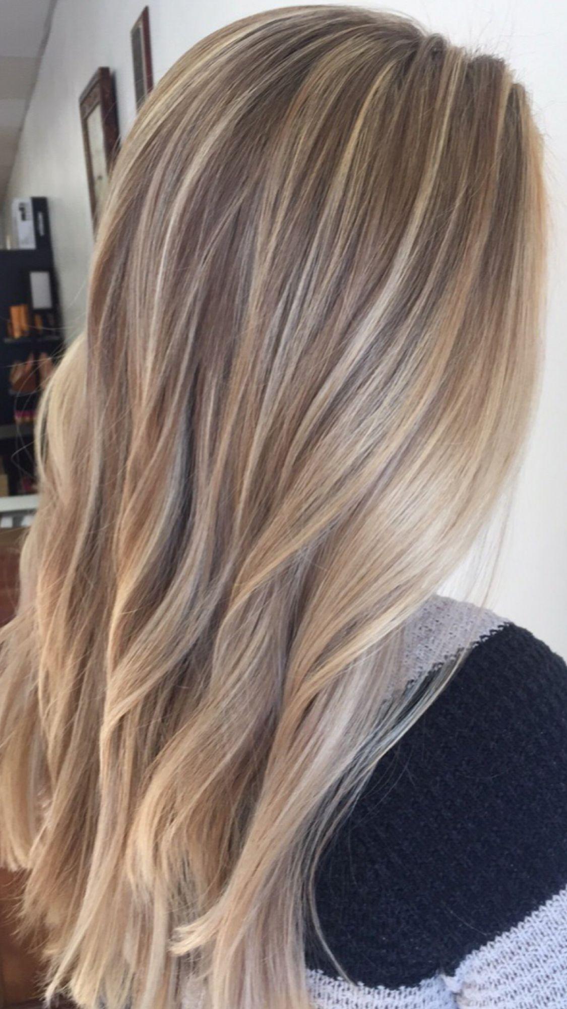 Color,  #balayagehaircorto #color #haircolorist