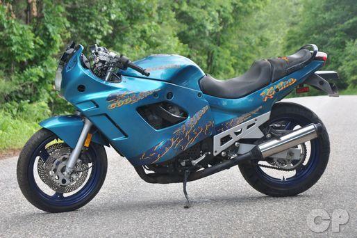 Online Motorcycle Repair Manuals Cyclepedia Repair Library Motorcycle Repair Suzuki Old Bikes