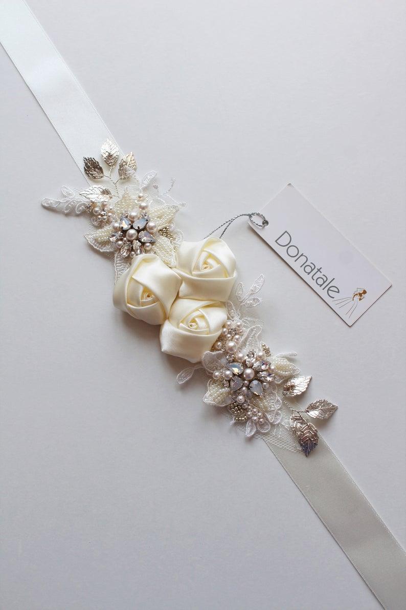 Ivory Bridal sash, Wedding sash, Wedding dress belt sash, Rose Floral Pearl Bridal belt ,Wedding Accessory, Bridal accessory, Opal sash