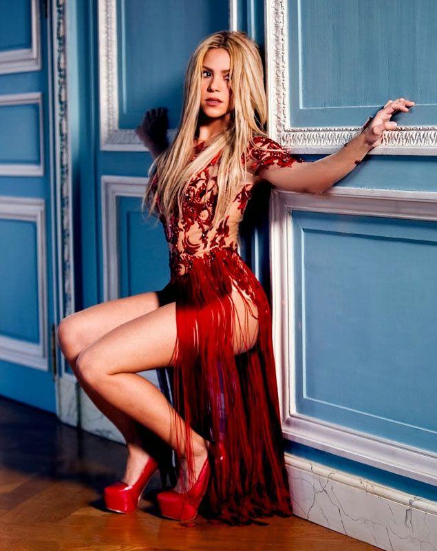 Shakira Y El Sindrome De La Famosa Sumisa S Moda El Pais