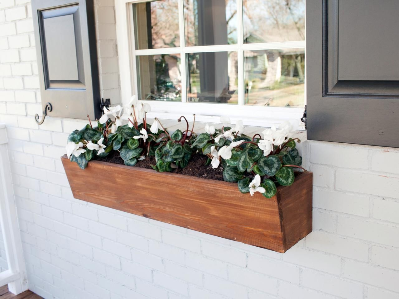 10 Clever Container Gardens We Love From Joanna Gaines Window
