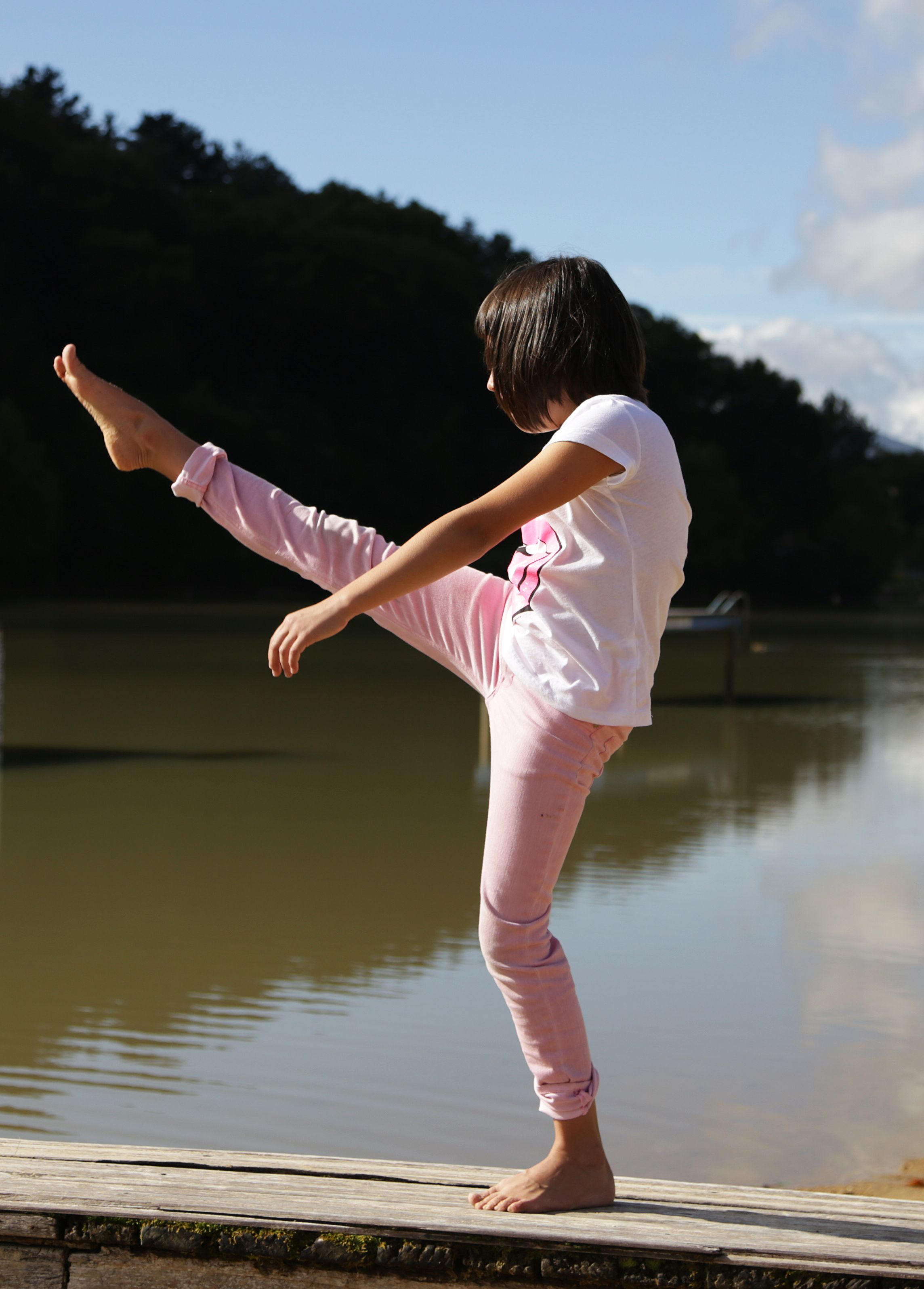 #Equilibrio, #oreka, #balance, #dance, #baile, #dantza #aintzira #lago #lake #senpere