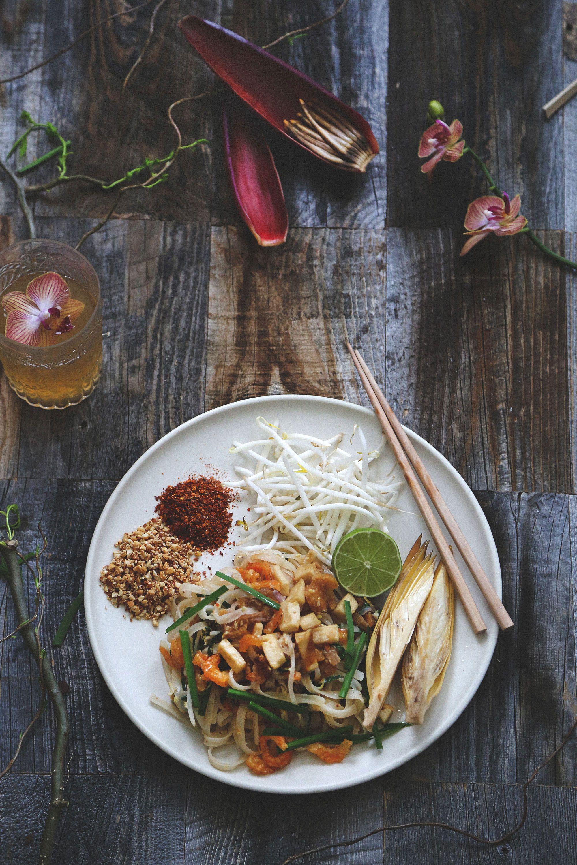 Authentic Thai Food Pad Thai Recipes Asian Recipes Thai Noodles Thai Restaurant