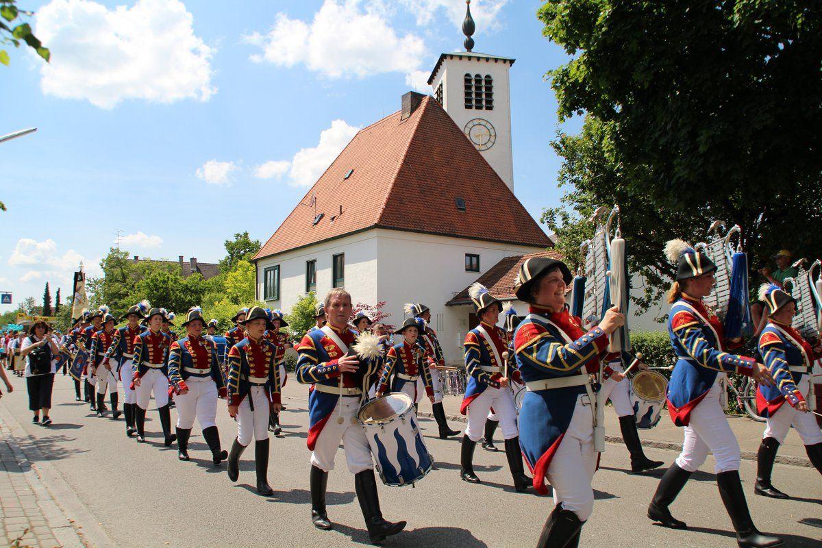 Pin auf Lohhofer Volksfest 2017 Unterschleißheim München