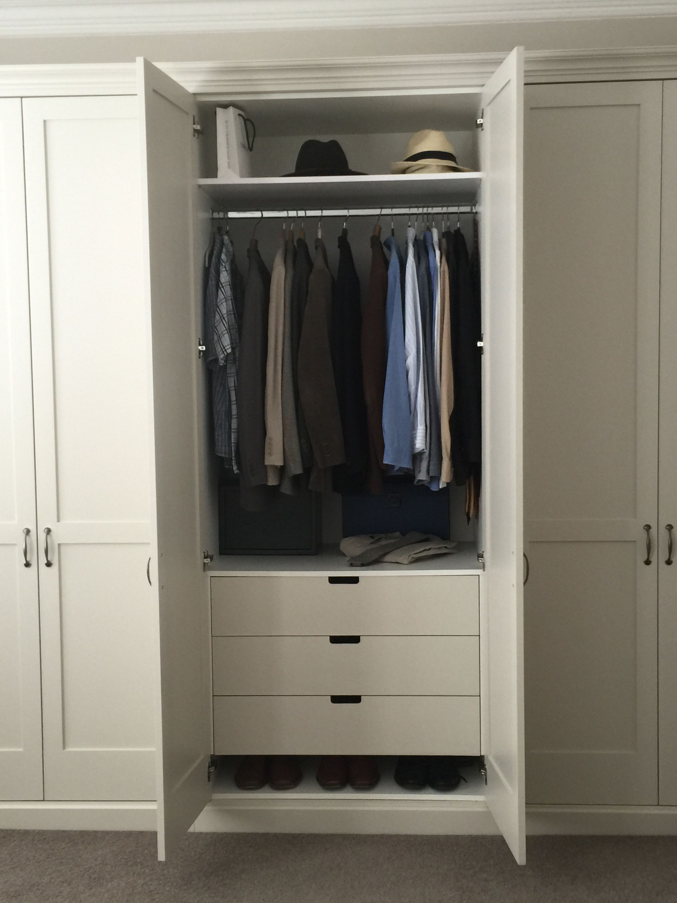 traditional shaker wardrobes with drawers inside shelves and