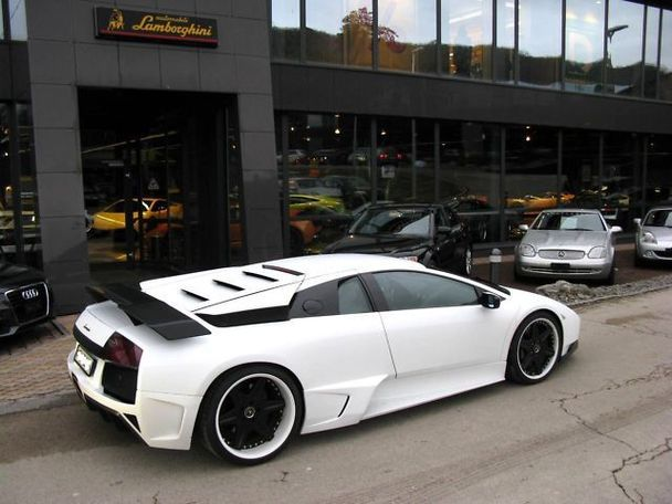 I Love The Off White Color Of This Car My Husband Is Wanting To