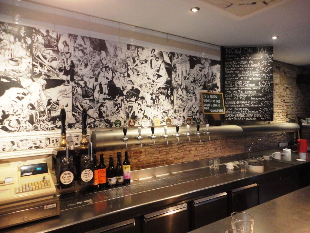 Ale&Hop, Barcelona Ale hop, Home decor, Best beer
