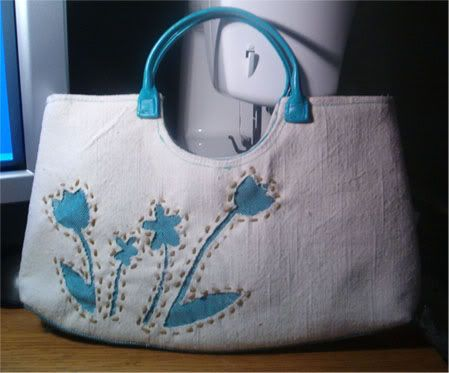 Reverse Applique Flower Handbag – Free Tutorials | PatternPile.com