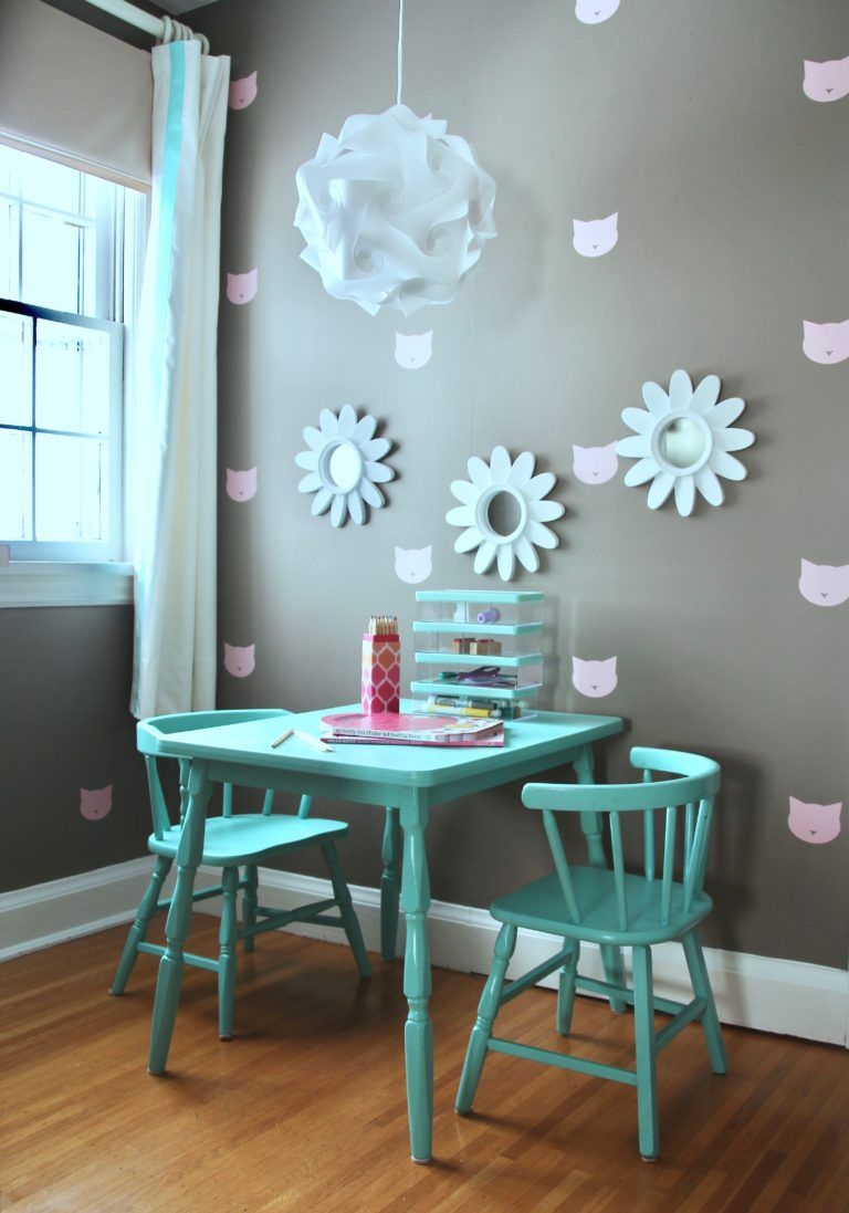 A Little Girlu0027s Dream Bedroom: Pink And Turquoise Meet Poised Taupe