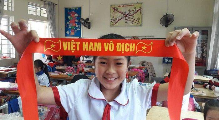 Áo cờ đỏ sao vàng trường tiểu học Đề Thám - Hình 6