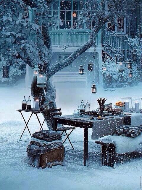 Looks really pretty but you would freeze yo death if you tried to eat out there lol