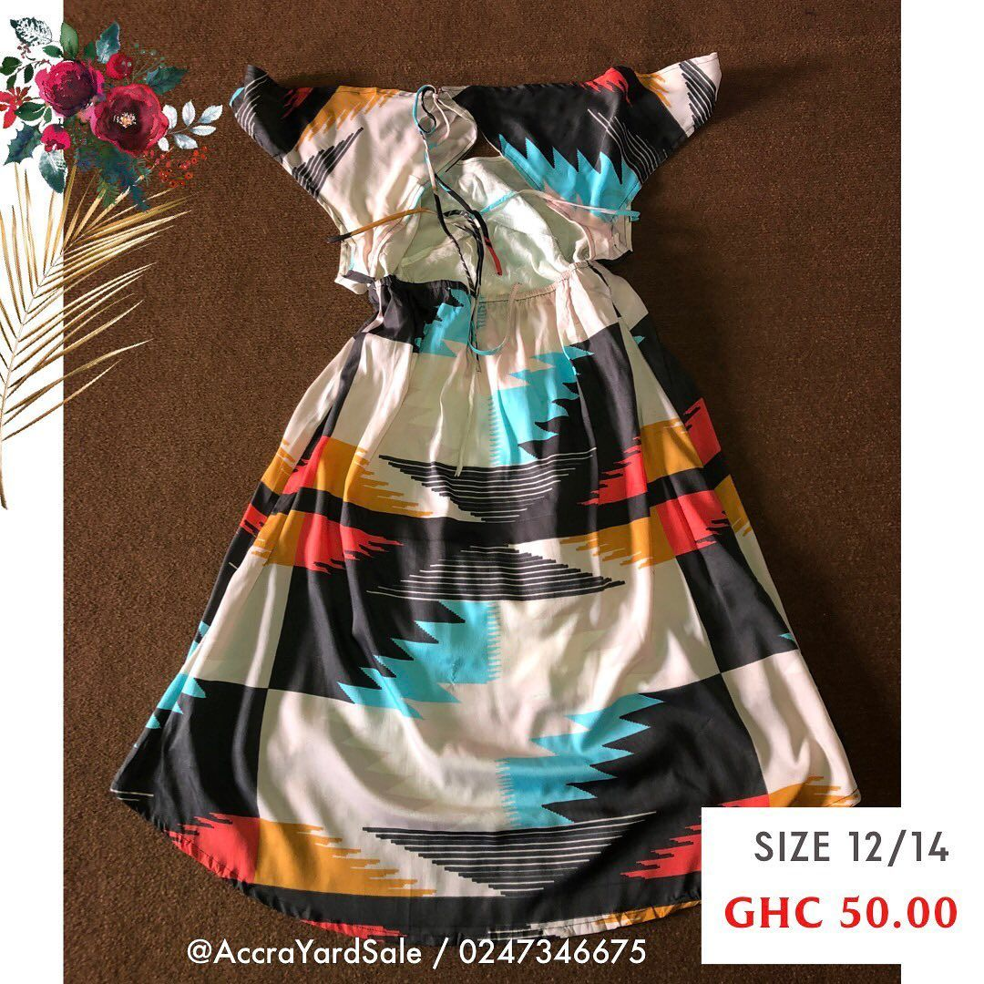 AVAILABLE!  DM or click Whatsapp link in the bio to purchase. 📲 0247346675  💰 Cash on delivery or Momo before delivery. ⚠️ First person to pay for it gets it!  #accrayardsale #discountshop #ghana #thriftshop #accrathriftshop #ghanayardsale #everydaysale #buygh #thriftstoreghana #lowprice #gooddeals #ghdiscountshop #thriftgh #ghthrift #thrift #firstselection #usedclothes #fashion #like4like #follow4follow #love #photooftheday #fashion #slay #dresses #designer #beautiful #cute #instagood #shoppi
