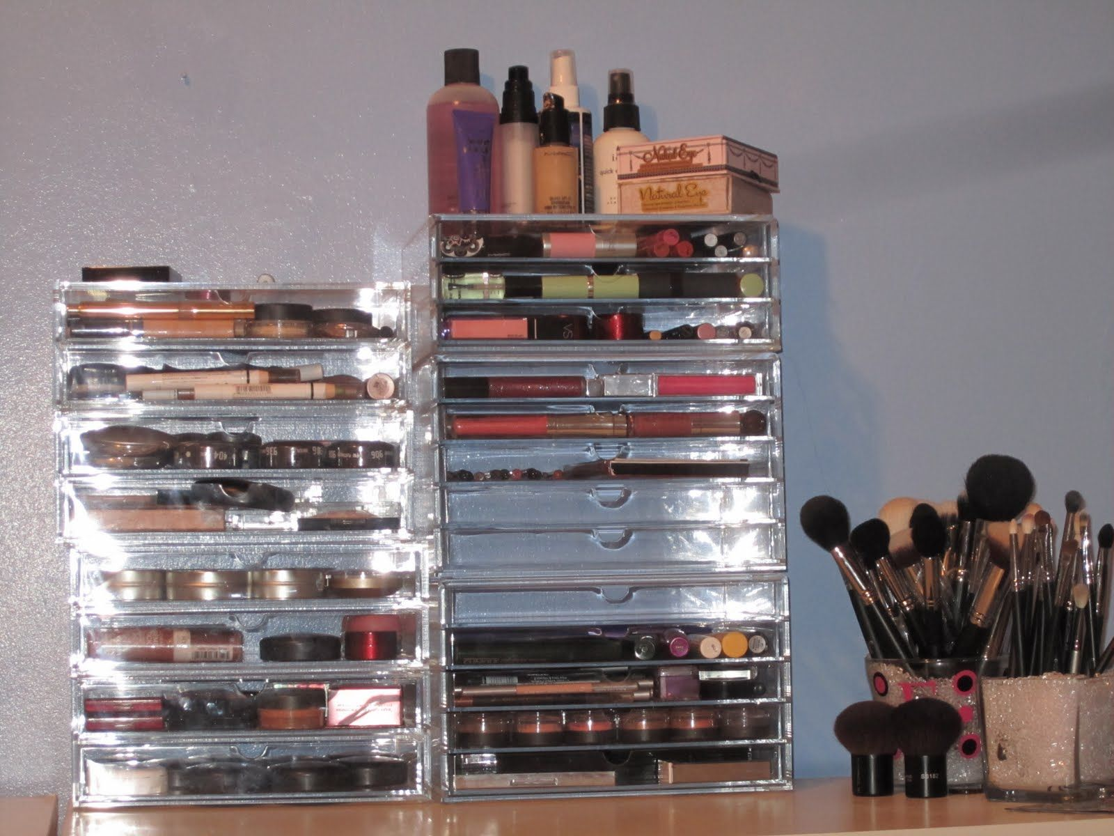 make up storage to the affordable brushes you see here go to