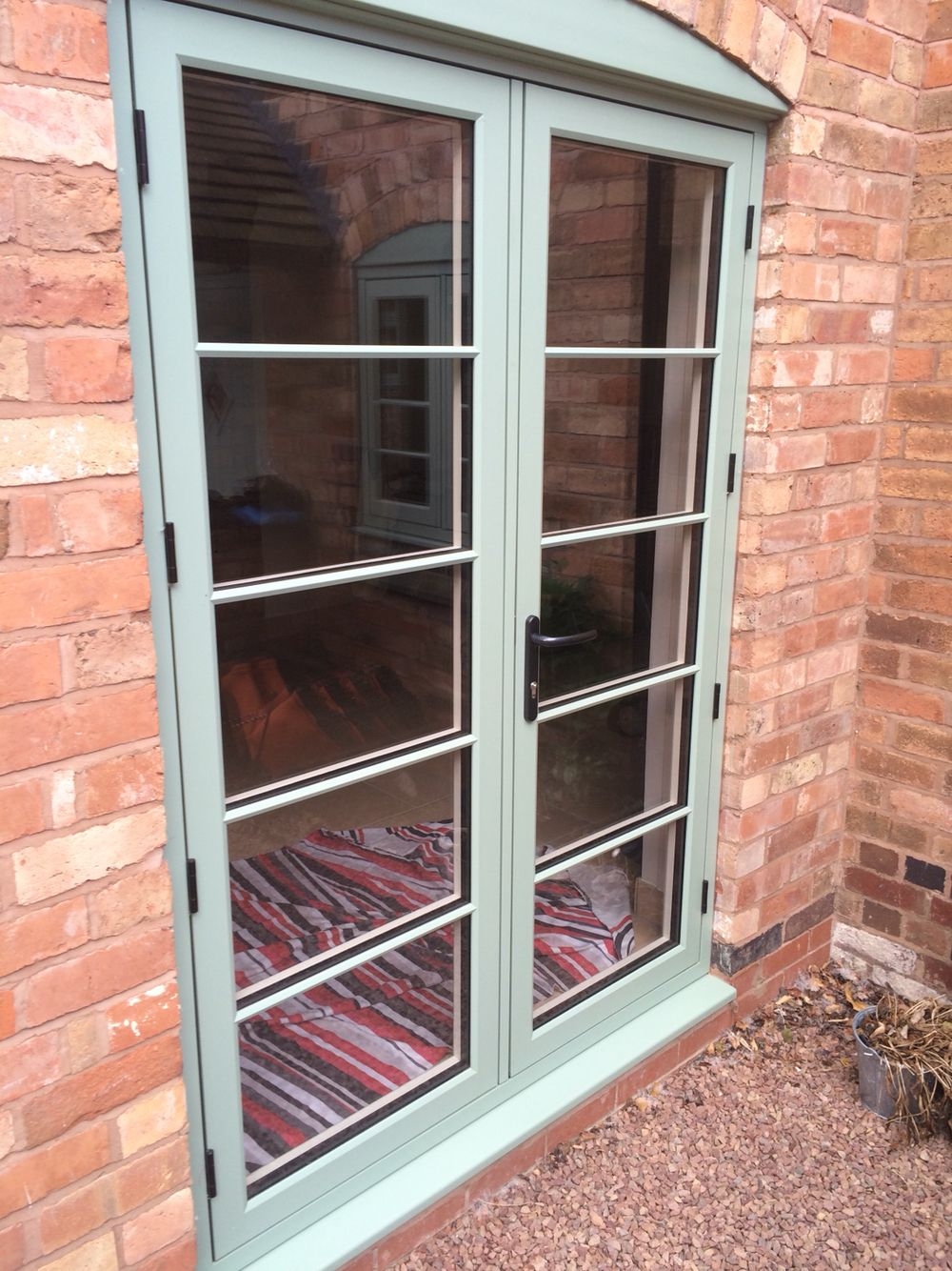 Residence 9 Doors in Chartwell Green with 'Plant on' Georgian bars ...