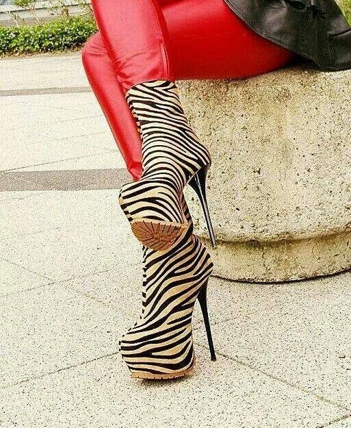 Zebra spikes