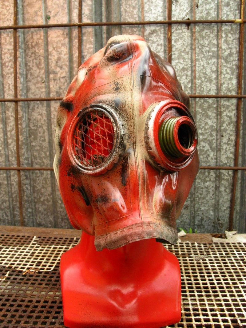 soviet gas mask~great for Toxic scene! | Themes - Hazmat ...