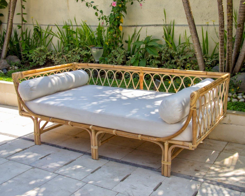 Die Faktorei Rattan Daybed Dream Bestellen In 2020 Rattan Outdoor Dekorationen Mobel Und Mehr
