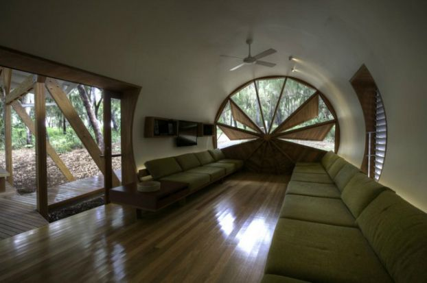 Unusual House Designed By Simon Laws Of Anthill