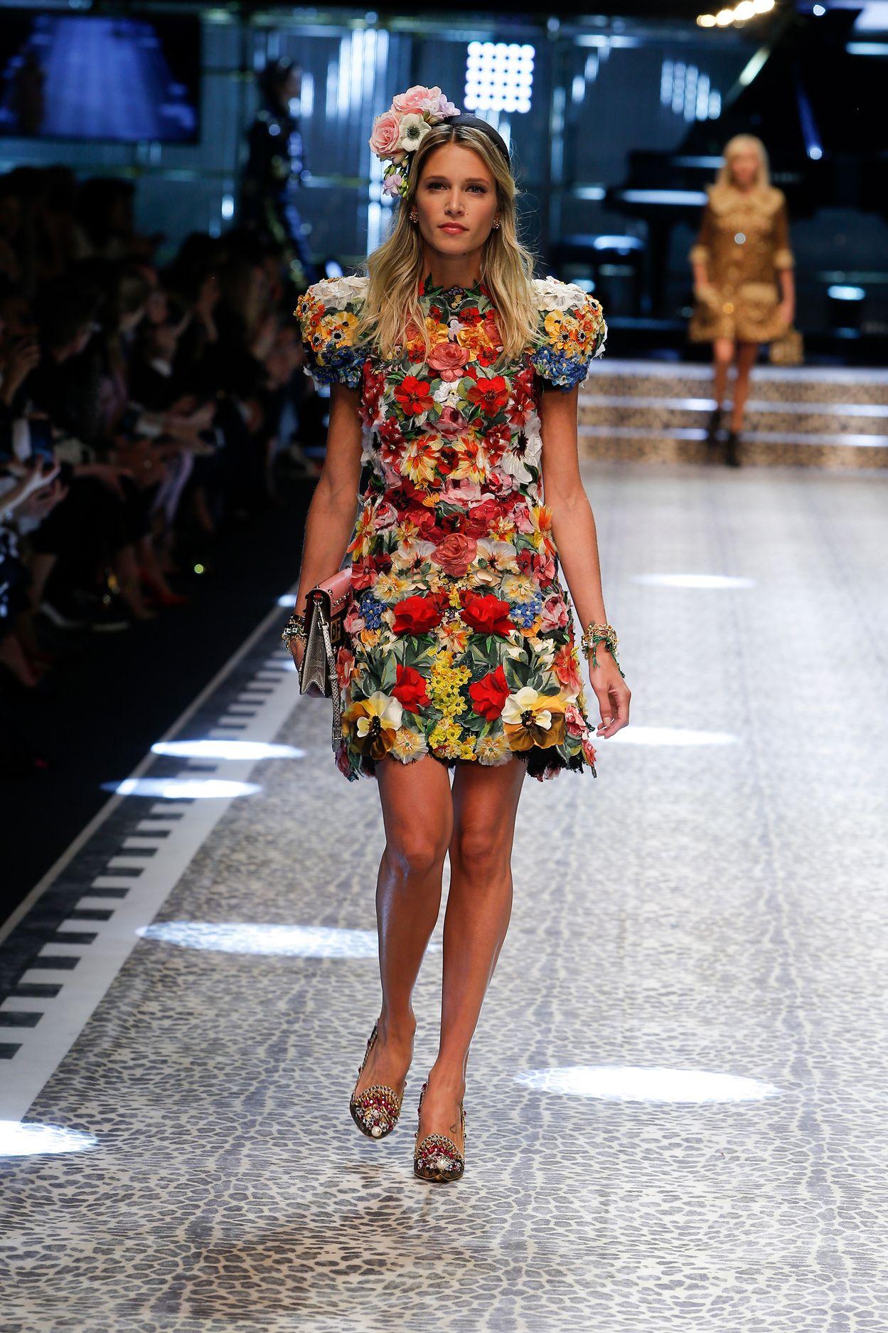 a68672389d Video e foto dalla passerella del Fashion Show Dolce & Gabbana ...