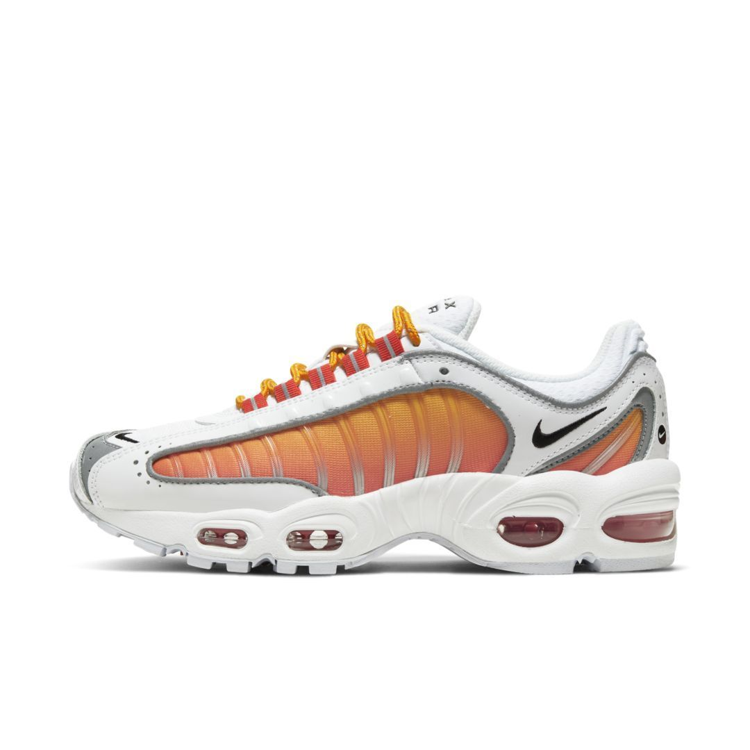 Nike Air Max Tailwind Iv Women S Shoe White Air Max Nike Shoe Tailwind White Womens Nike Air Max Nike Air Nike Shoes Women