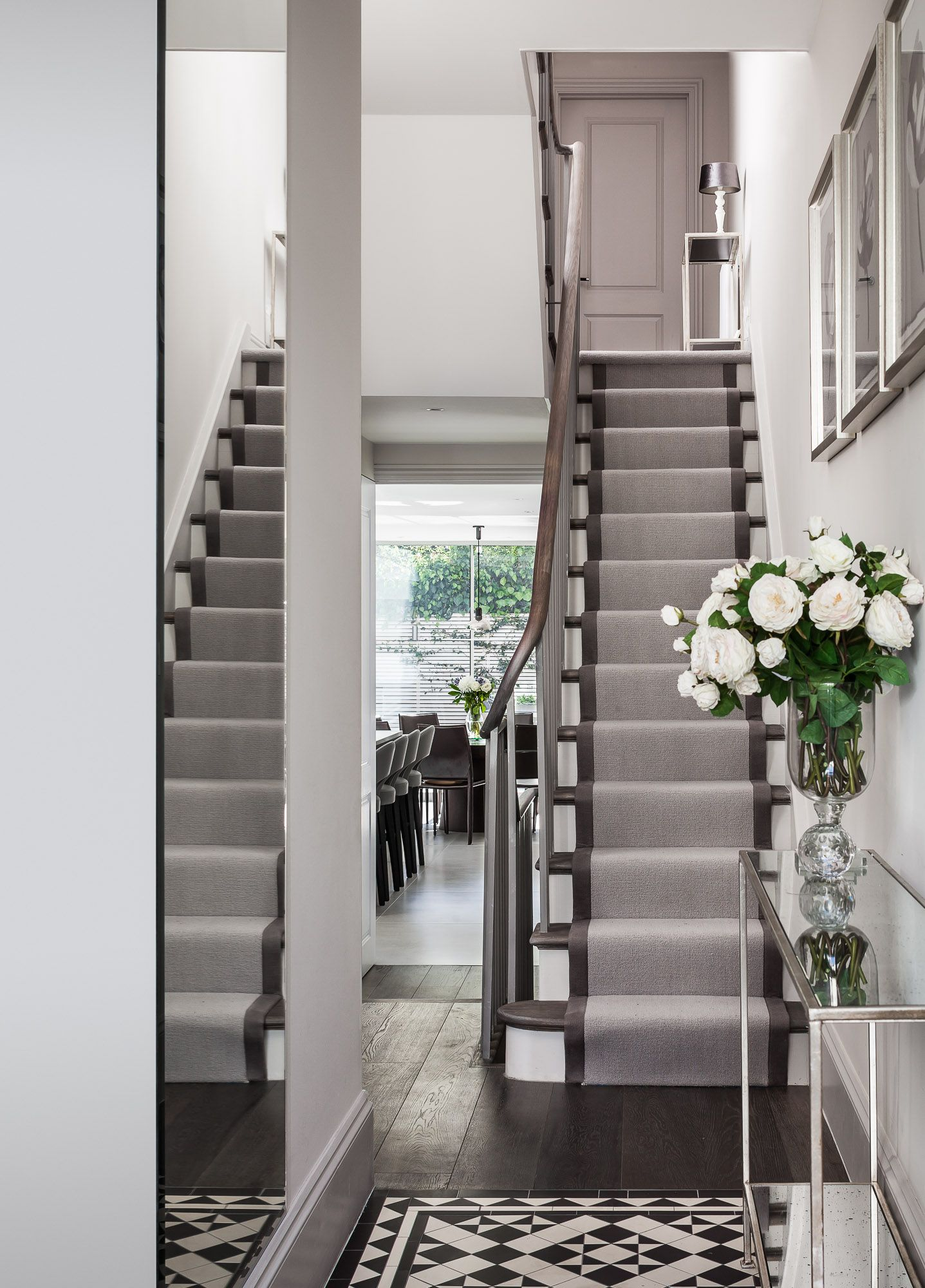 Turned Handrail In Oak And Tapped Carpet Runner Victorian Tiles In Entrance Www Emrdesign Co Uk Victorian Hallway Hallway Decorating Hallway Designs