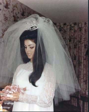 veil priscilla presley wedding dress