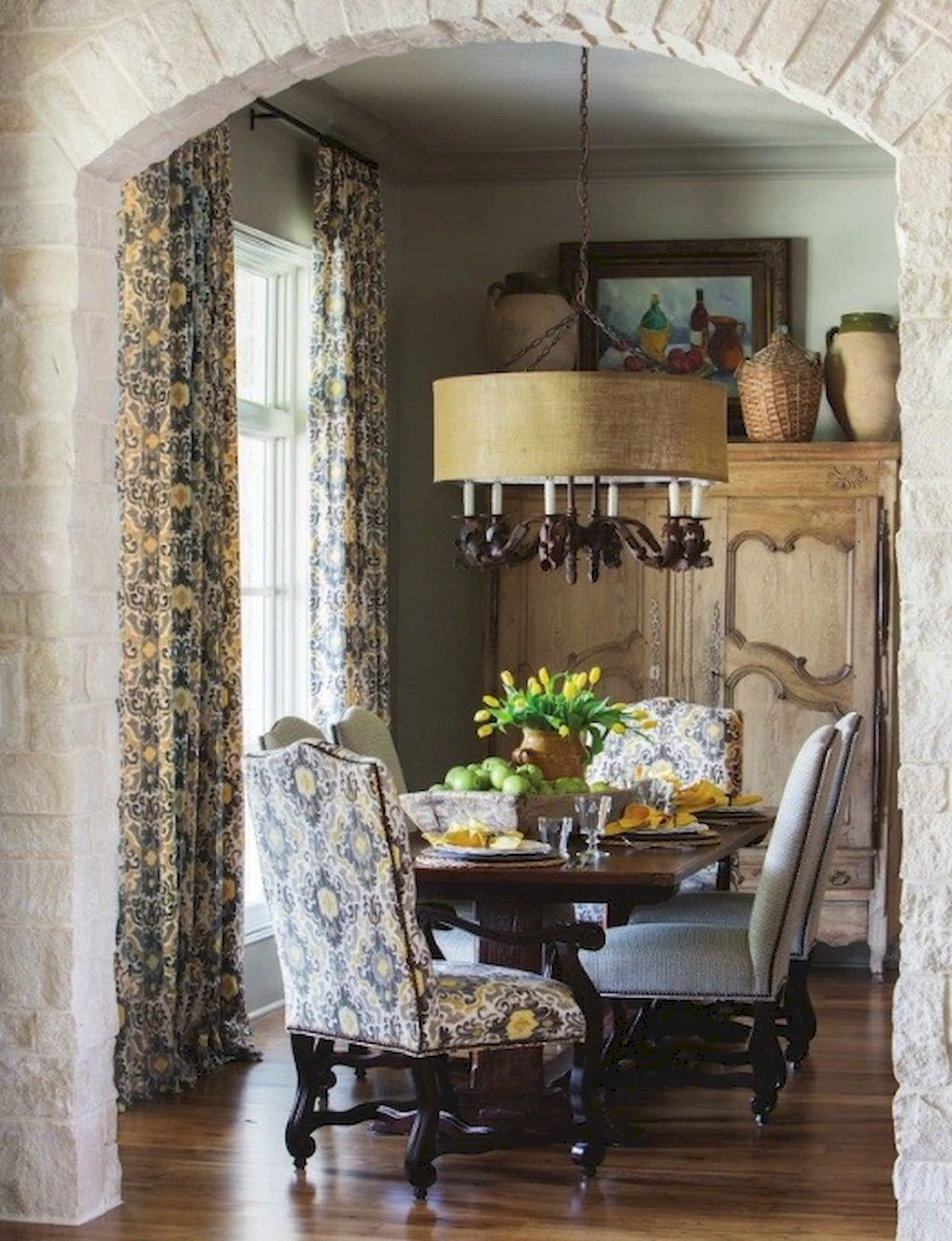 Beautiful French Country Dining Room Design And Decor Ideas