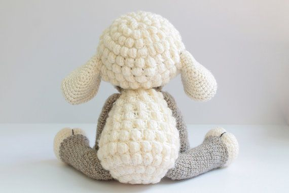 Crocheted sheep pattern | 380x570