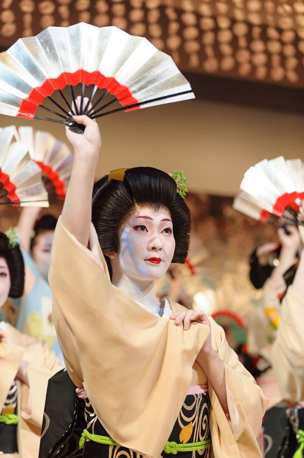 The geisha Kimina performs in Miyagawa Ondo, the finale of Kyo Odori in Kyoto