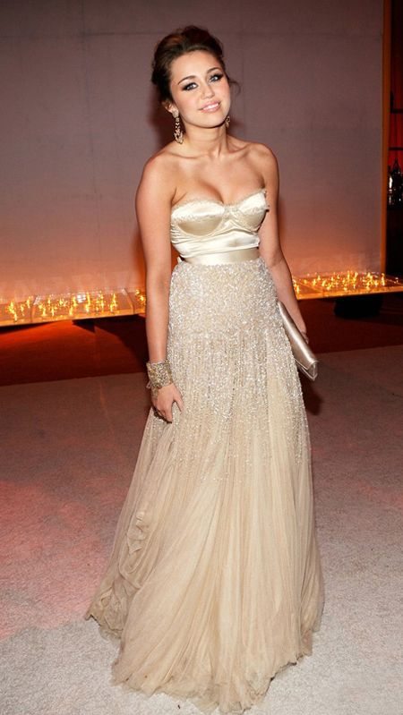 miley-cyrus-oscars-2010-vanity-fair-after-party | The old Miley I ...