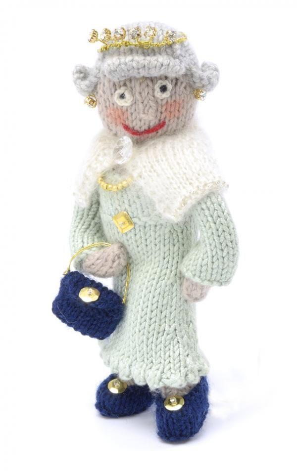 Queen Elizabeth 2 | amigurumi 2 | Pinterest | Muñecas, Juguetes de ...