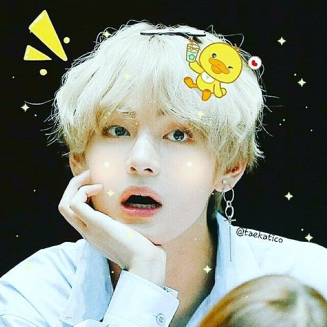 ✔pictame webstagram 🔥🔥🔥 Instagram post by @taekatico   Happiness and a pure feeling shown in small gestures and smiles, causes an explosion of love in the eye of the beholder. 🥰🌷🌸💖 #cute #cat #happy #love #smiles #delicate  #mouch #asian  #kpop #boy  #bts  #v #taehyung  #lovely #jin  #jimin  #suga #energy #army #gato #fofo #amor   🔥GPLUSE.CLUB