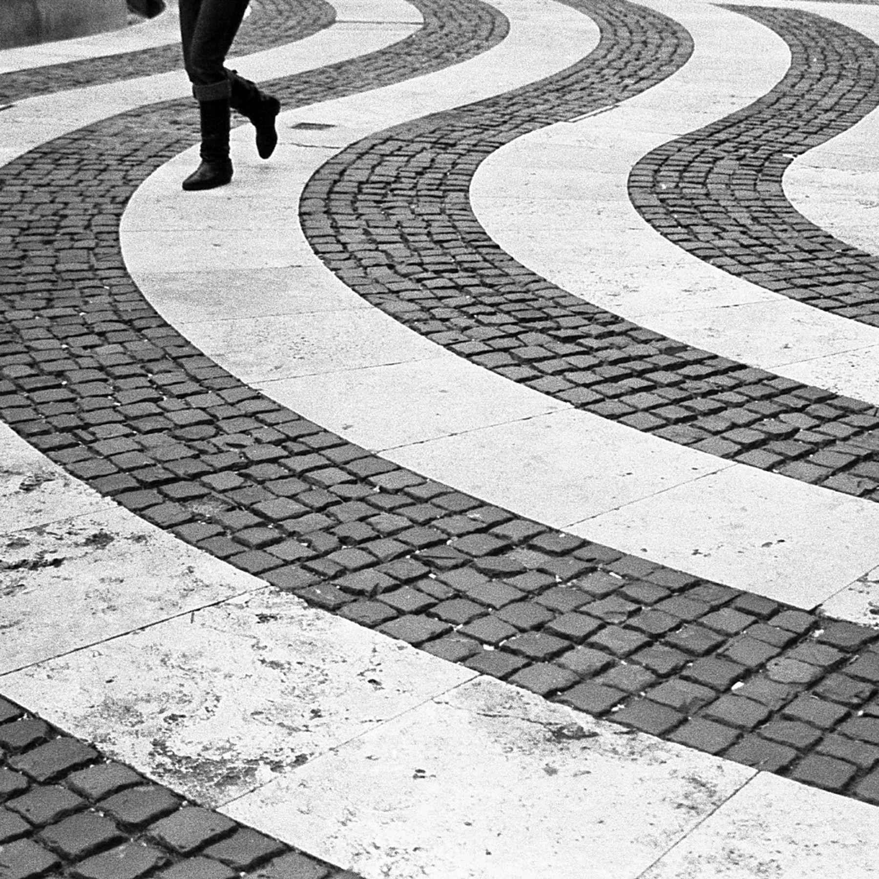 brick stripes pavement design