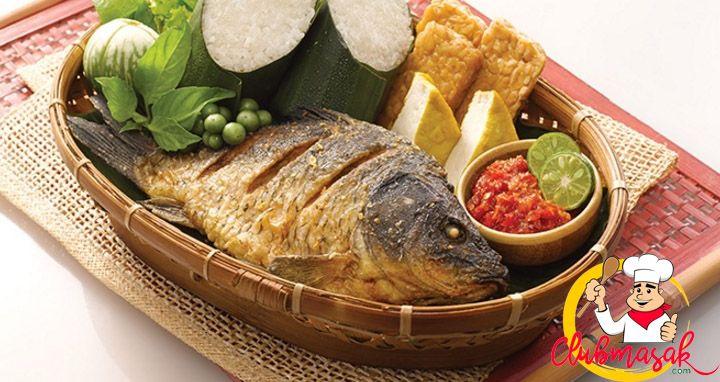 Resep Ikan Mas Goreng Kering Enak Dan Lezat Resep Ikan Mas Resep Ikan Mas Resep Ikan Makanan