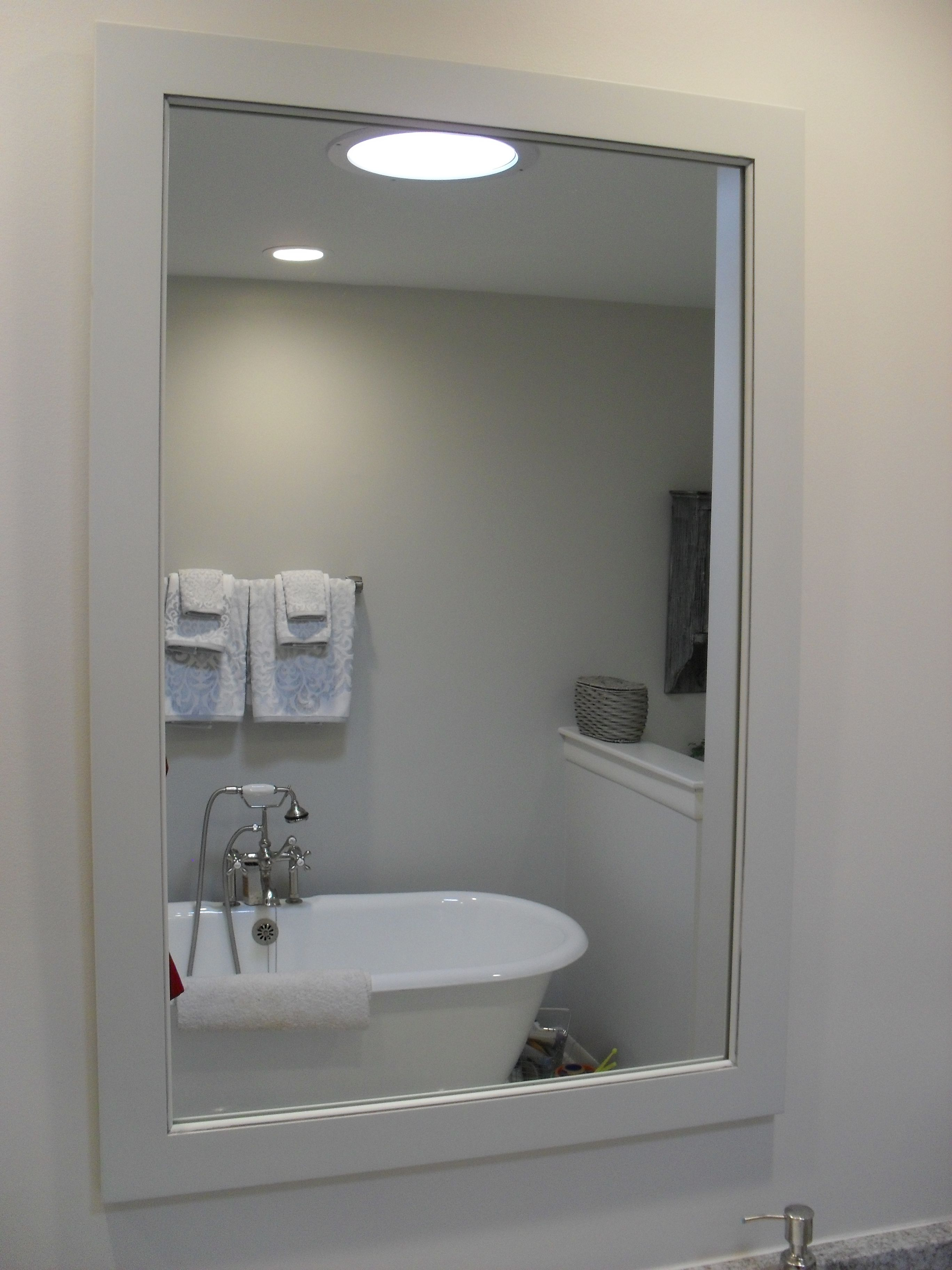 Stupendous This Bathroom Remodel In East Lansing Michigan Resulted In Interior Design Ideas Apansoteloinfo