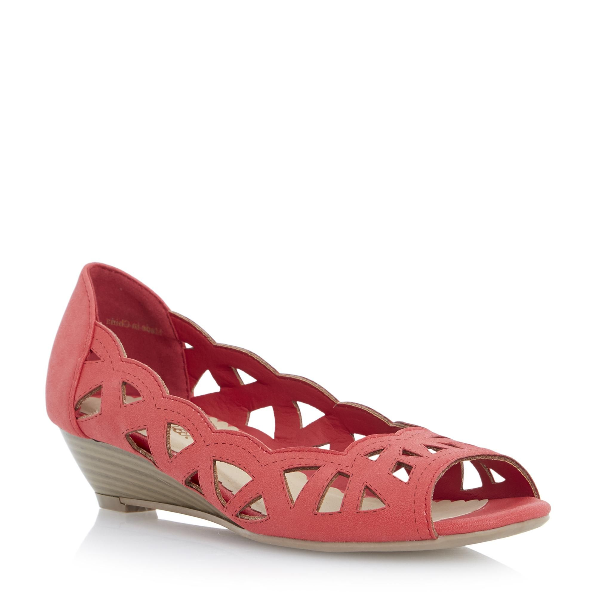 18f2a9824f2 Head Over Heels Ladies KOSMO - Laser Cut Out Wedge Sandal - coral ...