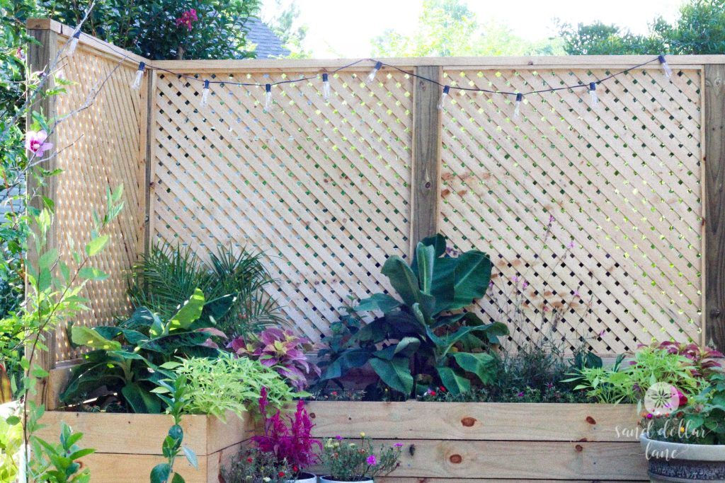How We Built An Inexpensive Privacy Screen With Planter With