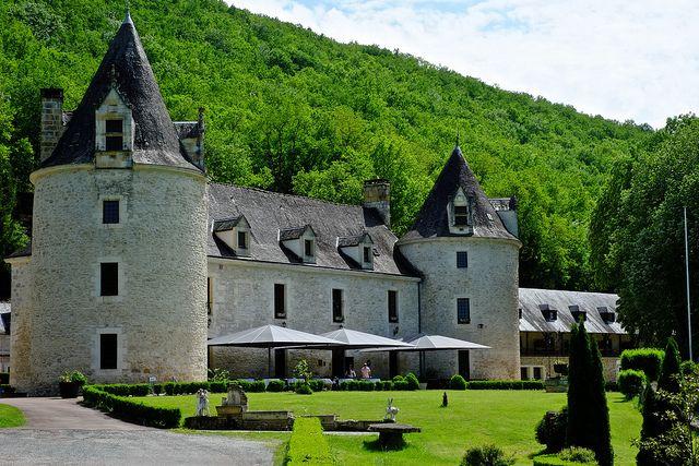 Château de la Fleunie, Dordogne by munkt0n, via Flickr