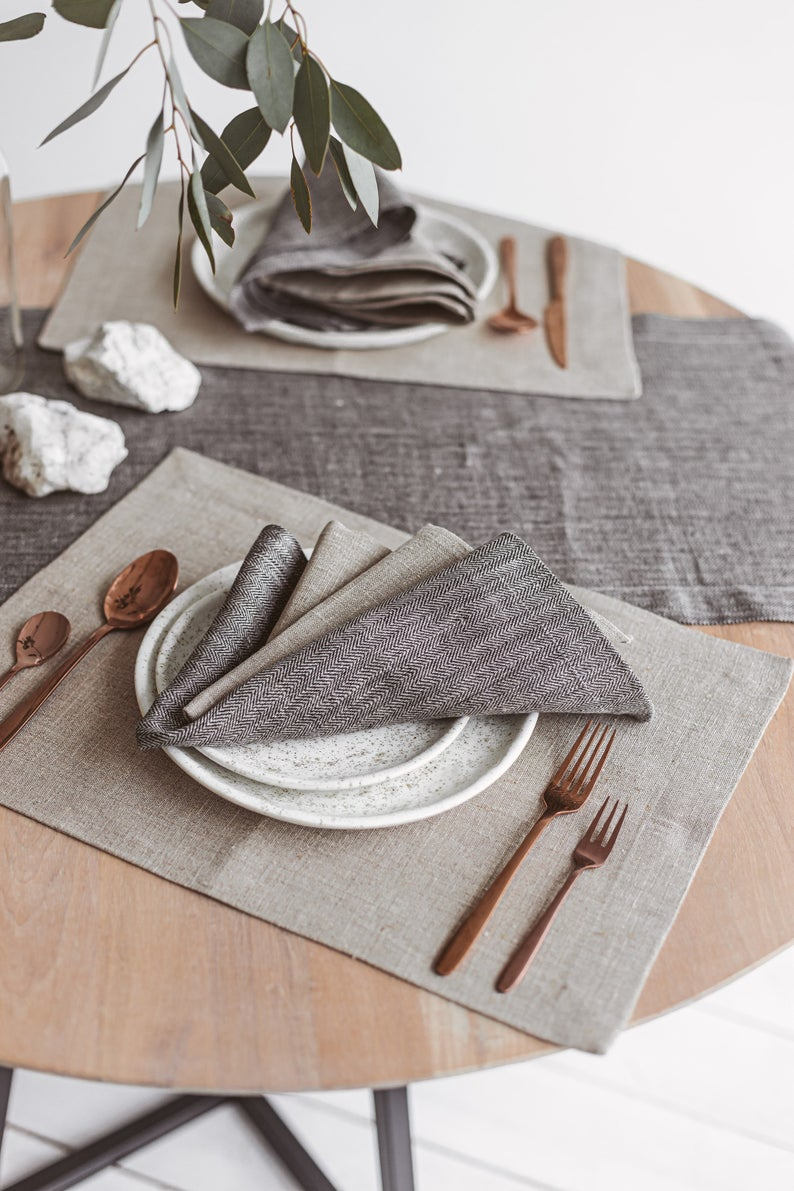 Natural Linen Placemats Set Modern Linen Place Mats Set Of Natural Grey Linen Placemats For Holiday Season Wedding Or Everyday Dining Modern Linens Linen Placemats Modern Placemats