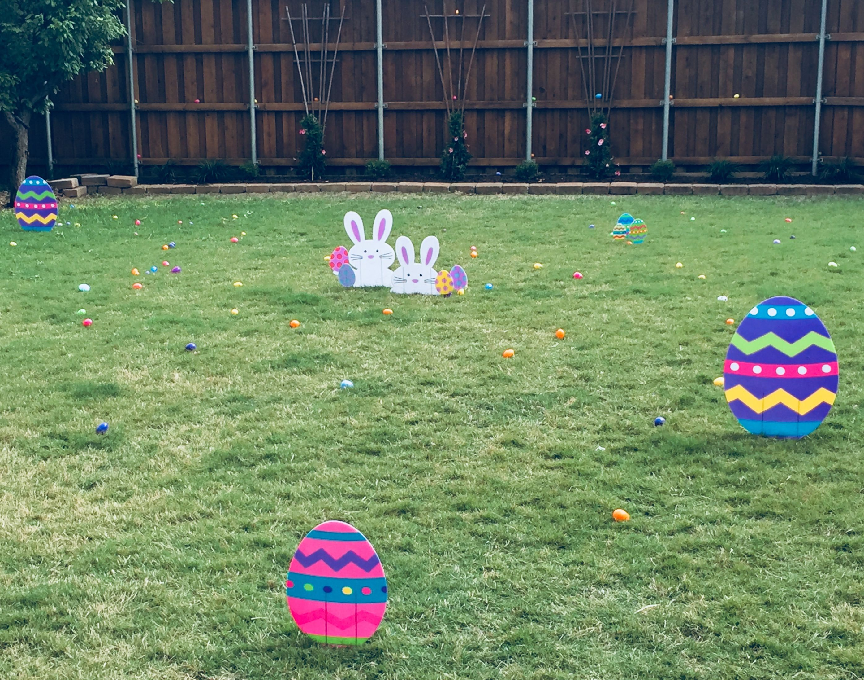 Cute Yard Sign Decorations For Easter Egg Hunts Or The Front Yard