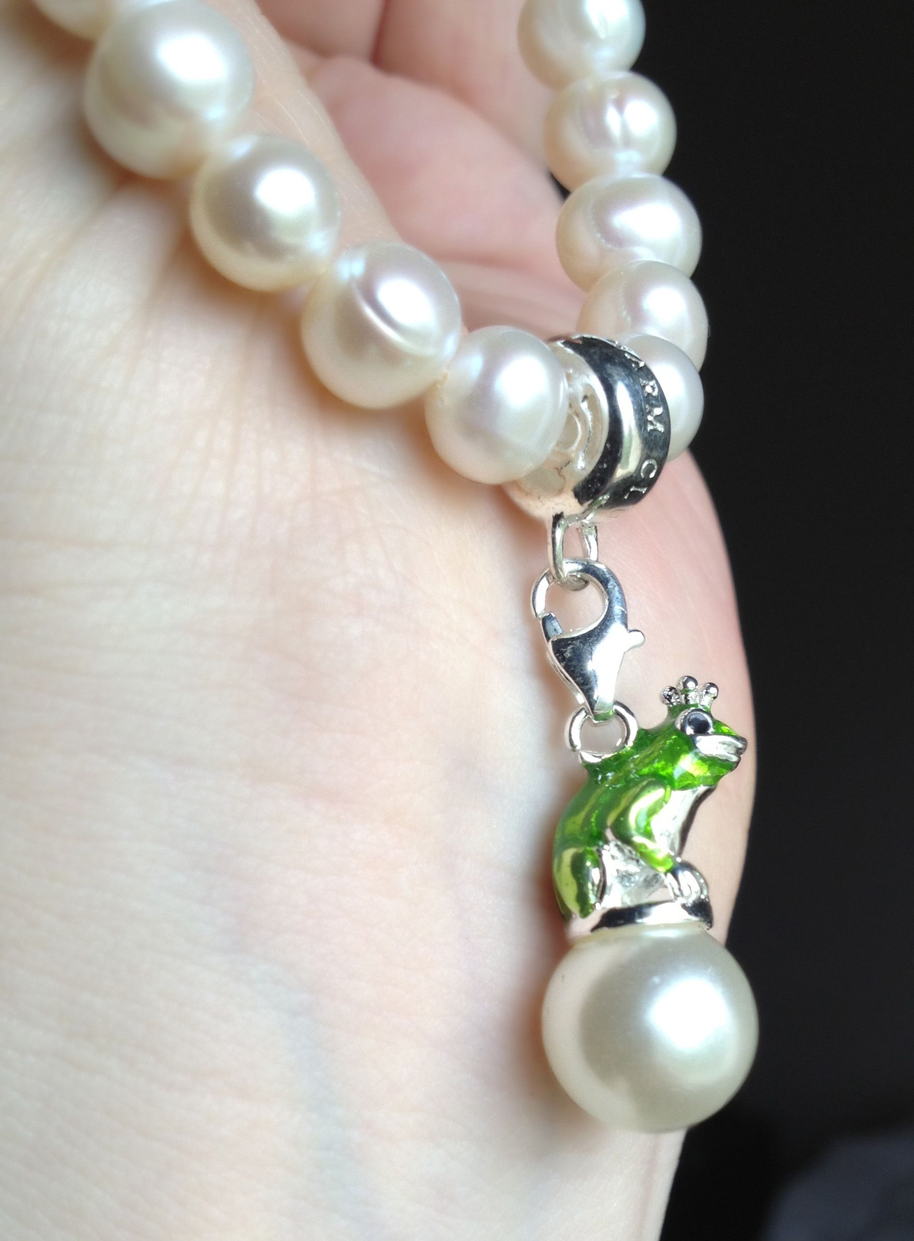 Frog Prince Charm With Freshwater Pearl On Pearl Bracelet Thomas Sabo Charms Pearl Bracelet Thomas Sabo