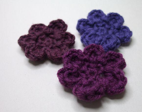 Little Crochet Flowers Crochet Pinterest Crochet Flowers