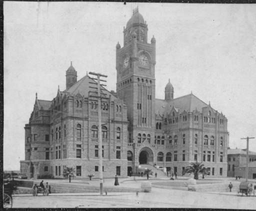 The Old County Courthouse At The Corner Of Temple Street And Broadway Ca 1900 Los Angeles Examiner Coll Los Angeles History California History Los Angeles
