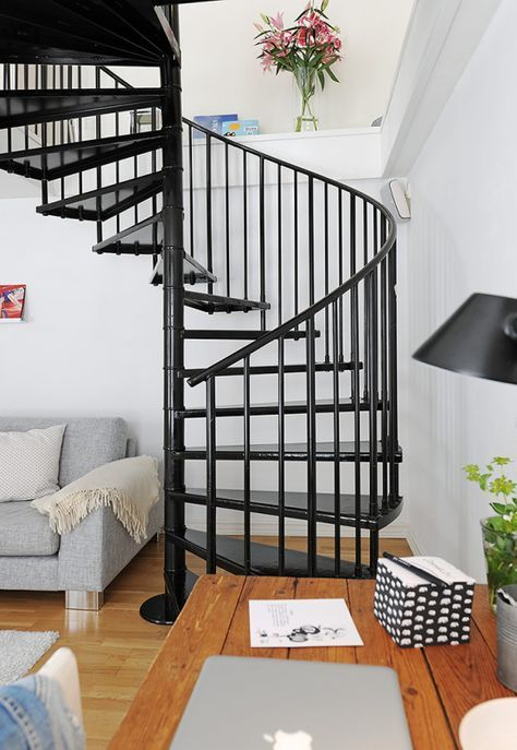 19 escaleras en pisos n rdicos escaleras pinterest for Decoracion duplex escaleras