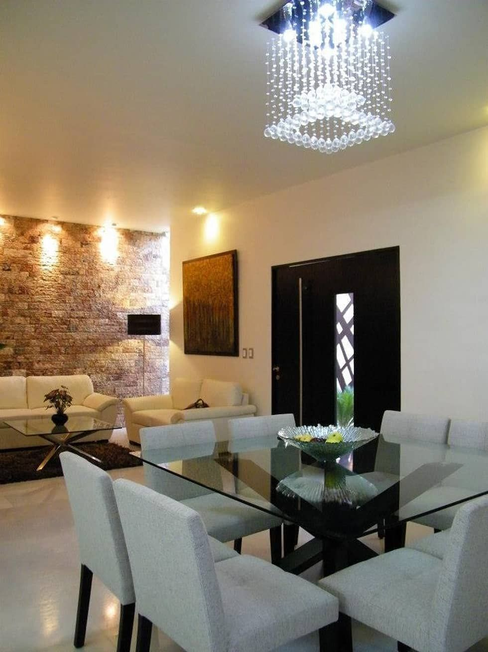 Casa cr180 comedores de estilo moderno por arquitectos interiores home comedores - Candelabros modernos ...