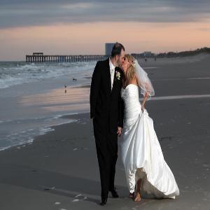 Weddings On The Beach Swoon Myrtle Beach Wedding Myrtle Beach Beach Resorts