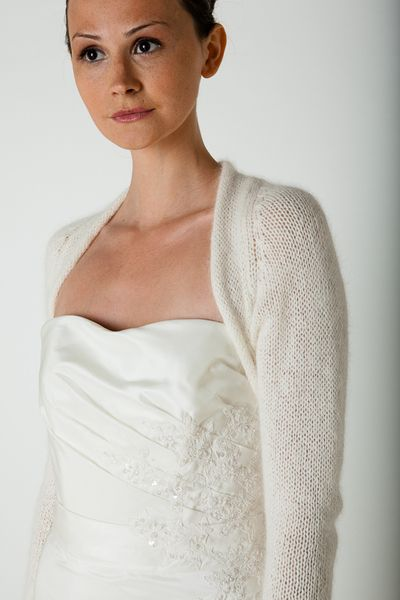 8b7b91b89d5f33 Bolero Jacke für die Braut Angora von Bee Mohr Strick Braut Bolero auf  DaWanda.com 120 eur - evtl auf anfrage auch in 3/4 arm?